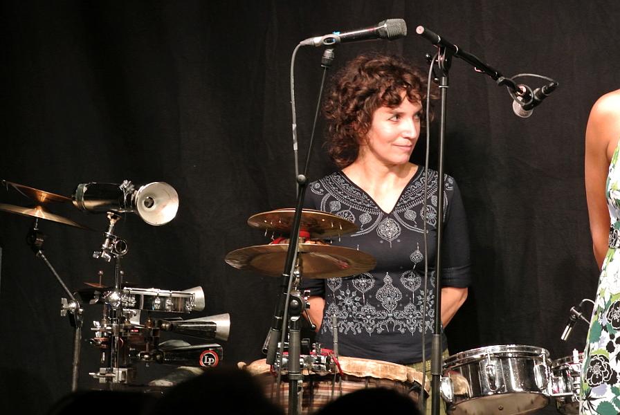 Drum & Voice feat. Gabriela Mendes